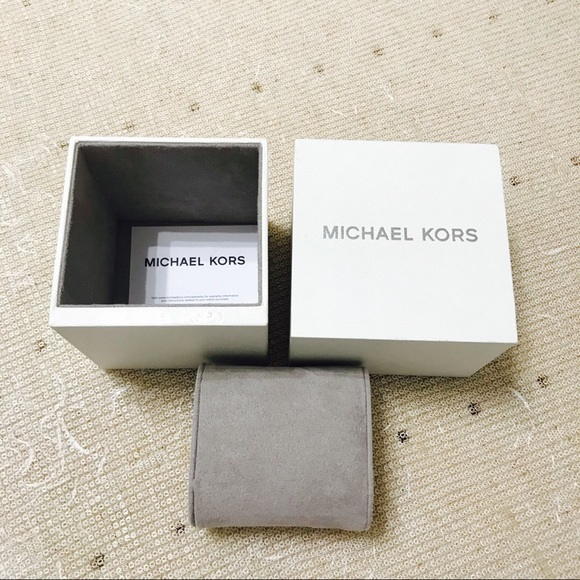 MICHAEL Michael Kors Accessories - {Michael Kors} Watch Case